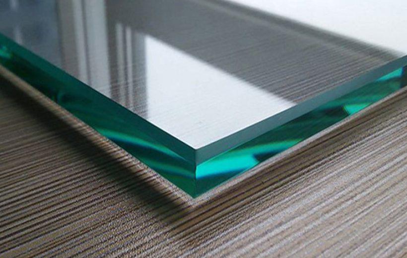 Фото образца закаленного стекла 6мм.