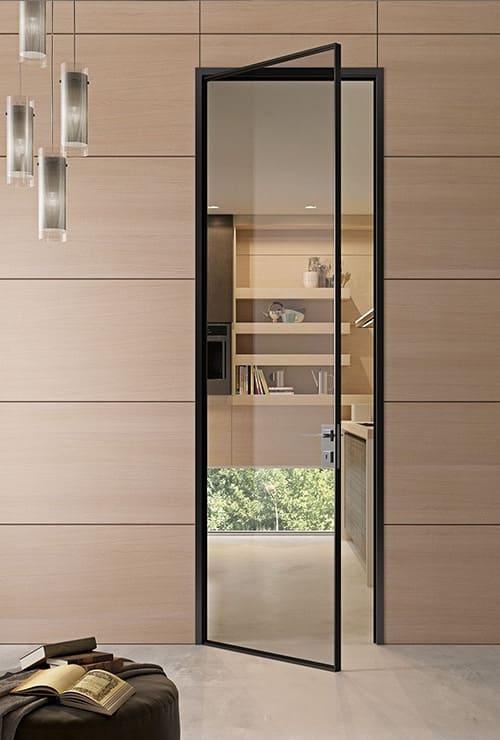 Стеклянная дверь в тонком профиле картинка