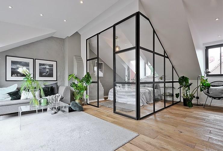 Спальня на мансарде с перегородкой фото
