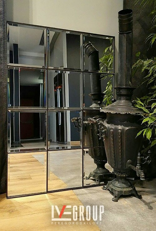 Напольное прямоугольное зеркало в дом