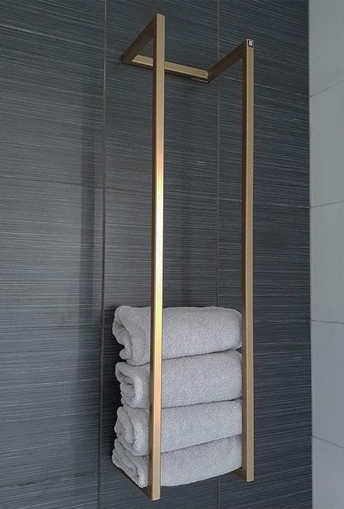 стеллаж держатель полотенец в ванную фото