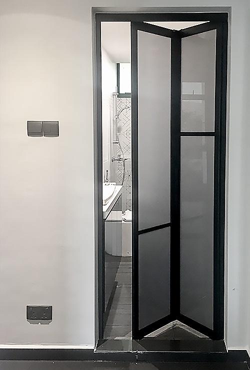 Матовые складные двери книжка фото1