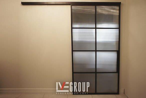 Раздвижная дверь со стеклом эстриадо фото