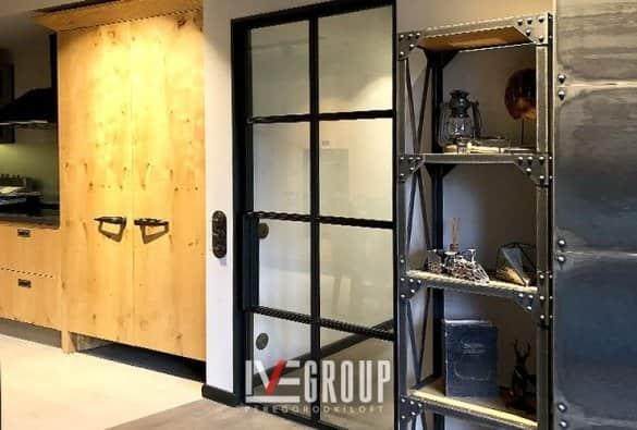 Дверь с пеналом фото