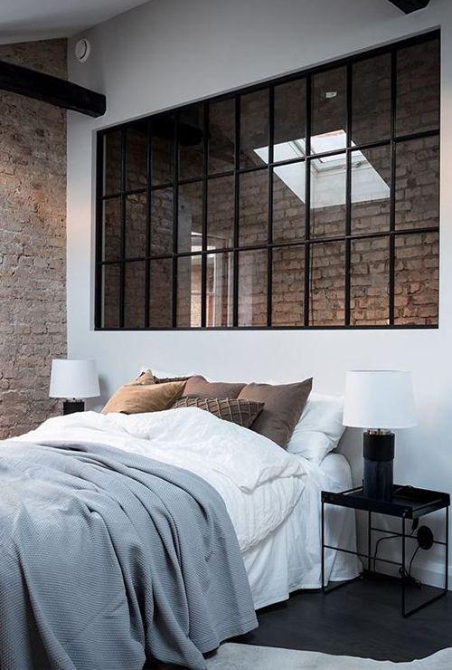 Французское окно между спальней и прихожей фото