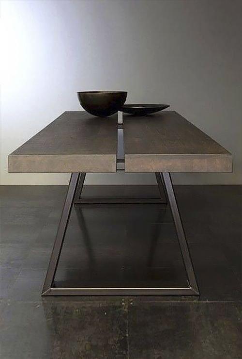 Обеденный стол из металла картинка 1