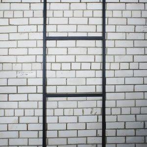 Купить раму окно из металла изображение 1