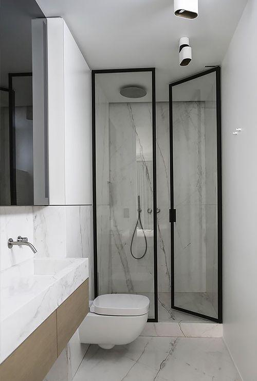 Стеклянная дверь в душ распашная картинка 5