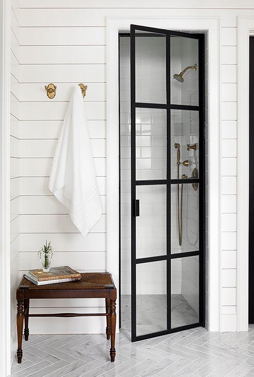 Дверь в душ с металлической раскладкой фото 4