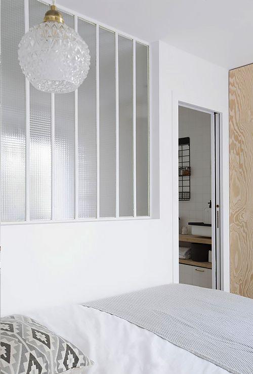 Белое окно в спальню фото 6.6
