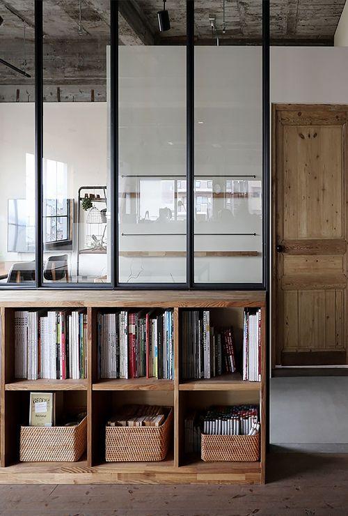 Окно с вертикальной раскладкой в коридор фото 6