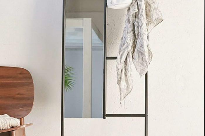 зеркало в металлической раме фото