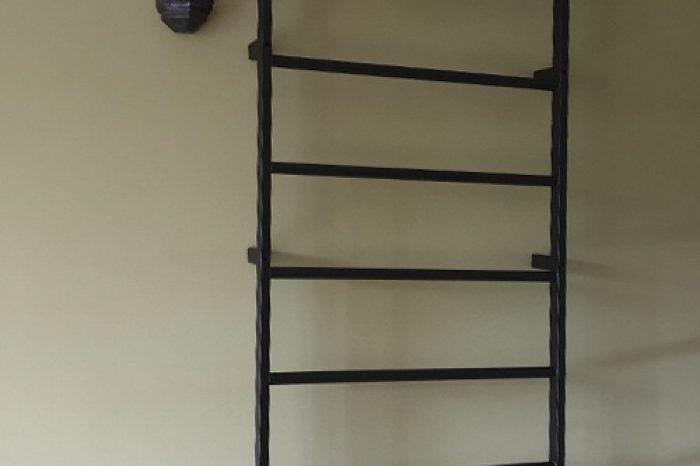 Металлическая шведская стенка в квартиру