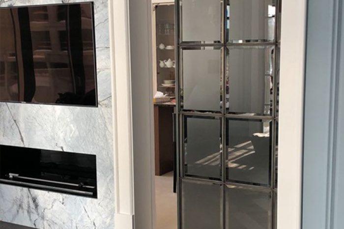 Дизайнерская дверь с пеналом в стену